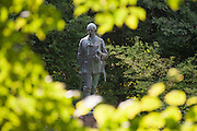 Denkmal von Eberhard 1818-1884, Eulbacher Park, Michelstadt, Odenwald, Naturpark Bergstraße-Odenwald, Hessen, Deutschland   memorial Eberhard 1818-1884, Eulbach Park, Michelstadt, Odenwald, Hesse, Germany