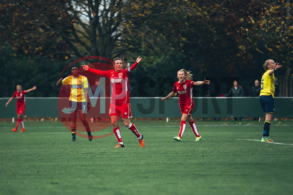 Bristol City Women appeal for a goal to be allowed - Rogan Thomson/JMP - 06/11/2016 - FOOTBALL - The Northcourt Stadium - Abingdon-on-Thames, England - Oxford United Women v Bristol City Women - FA Women's Super League 2.