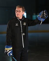 10.08.2015, Red Bull Akademie Liefering, Salzburg, AUT, EBEL, Medien Tag, im Bild Trainer Hannu Jaervenpaeae (EC VSV) // during the Erste Bank Icehockey League Media Day at the Red Bull Football and Icehockey Academy Liefering in Salzburg, Austria on 2015/08/10. EXPA Pictures © 2015, PhotoCredit: EXPA/ JFK