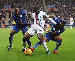 Bakary Sako of Crystal Palace in action against Wes Morgan (L) and Danny Simpson of Leicester City (R)  - Mandatory byline: Jack Phillips/JMP - 07966386802 - 24/10/2015 - SPORT - FOOTBALL - Leicester - King Power Stadium - Leicester City v Crystal Palace - Barclays Premier League