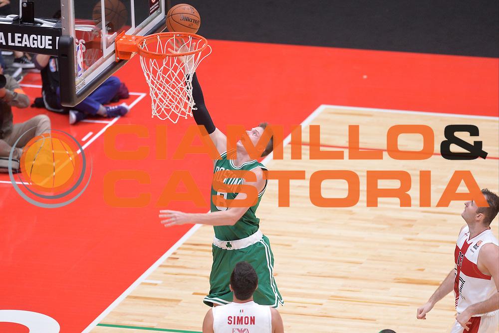 DESCRIZIONE : Milano NBA Global Games EA7 Olimpia Milano - Boston Celtics<br /> GIOCATORE : Jonas Jerebko<br /> CATEGORIA : Tiro sequenza<br /> SQUADRA :  Boston Celtics<br /> EVENTO : NBA Global Games 2016 <br /> GARA : NBA Global Games EA7 Olimpia Milano - Boston Celtics<br /> DATA : 06/10/2015 <br /> SPORT : Pallacanestro <br /> AUTORE : Agenzia Ciamillo-Castoria/IvanMancini<br /> Galleria : NBA Global Games 2016 Fotonotizia : NBA Global Games EA7 Olimpia Milano - Boston Celtics