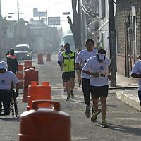 Metepec, México.- Gran participación tuvo la segunda Carrera Atlética San Juan Bautista de 5 kilómetros, de la cual las utilidades obtenidas serán para donar sillas de ruedas a personas discapacitadas. Agencia MVT / Crisanta Espinosa