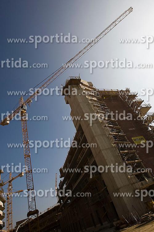 15.10.2010, Graz, AUT, Feature, im Bild Baustelle mit Baukränen, EXPA Pictures © 2012, PhotoCredit: EXPA/ Erwin Scheriau