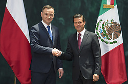 April 24, 2017 - Mexico, Ciudad De Mexico, MEXICO - Monday April 24, 2017. President Peña Nieto and president of Poland Andrzej Duda sign a joint Polish-Mexican declaration 'Towards strategic partnership between Poland and Mexico' (Credit Image: © Prensa Internacional via ZUMA Wire)