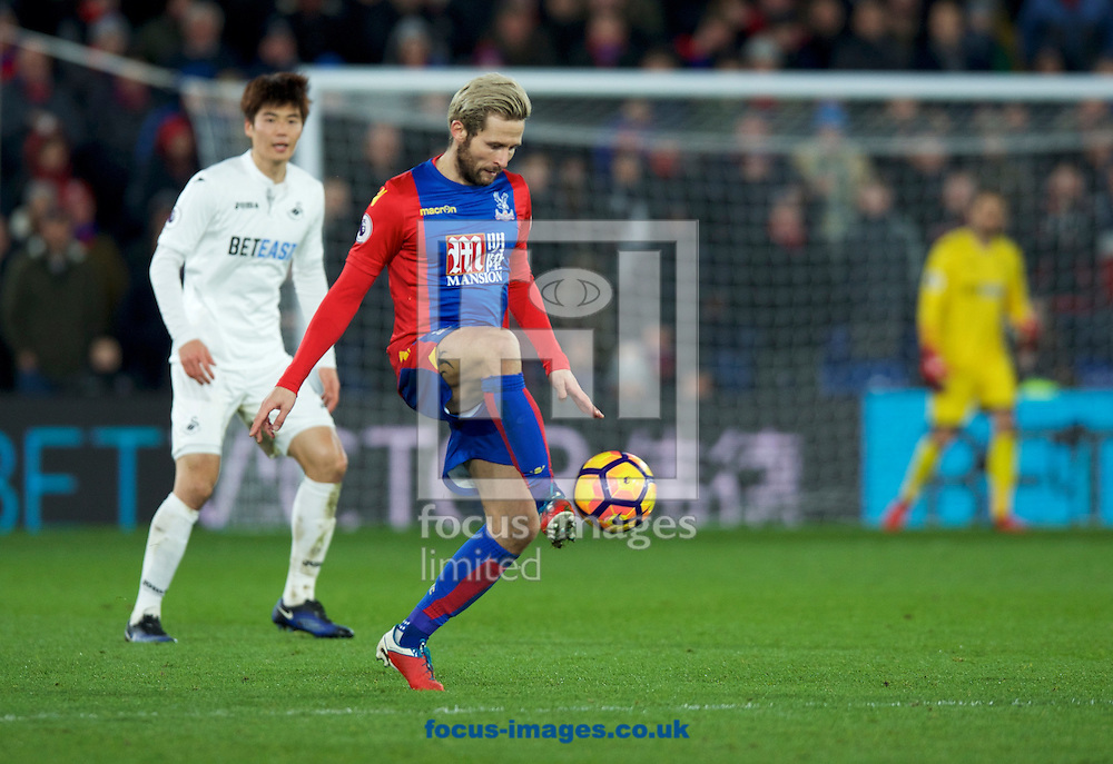 Yohan Cabaye of Crystal Palace during the Premier League match at Selhurst Park, London<br /> Picture by Alan Stanford/Focus Images Ltd +44 7915 056117<br /> 03/01/2017