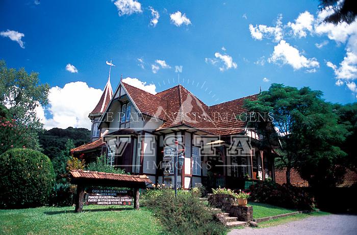 Castelinho, Canela, Rio Grande do Sul, Brasil, 15/02/2003 foto de Ze Paiva/Vista Imagens