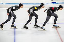 10-11-2017 NED: ISU World Cup, Heerenveen<br /> Team Pursuit men, New Zealand S  Dobbin,  R  Kay,  P  Michael,
