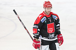 13.12.2015, Tiroler Wasserkraft Arena, Innsbruck, Österreich, EBEL, HC TWK Innsbruck die Haie vs HC Orli Znojmo, 30. Runde, im Bild Dustin Vanballegooie (HC TWK Innsbruck Die Haie) // during the Erste Bank Icehockey League 30th round match between HC TWK Innsbruck  die Haie and HC Orli Znojmo at the Tiroler Wasserkraft Arena in Innsbruck, Austria on 2015/12/13. EXPA Pictures © 2015, PhotoCredit: EXPA/ Jakob Gruber