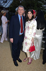 STEPHEN QUINN and his wife KIMBERLEY FORTIER at the annual Cartier Flower Show Diner held at The Physics Garden, Chelsea, London on 23rd May 2005.<br /><br />NON EXCLUSIVE - WORLD RIGHTS