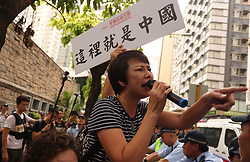October 1, 2018 - Hong Kong, CHINA - Pro-China supporter throw abuses on a pro-HK independence supporters during annual 10.1 national day anti-China political rally. Oct-1,2018 Hong Kong.ZUMA/Liau Chung-ren (Credit Image: © Liau Chung-ren/ZUMA Wire)