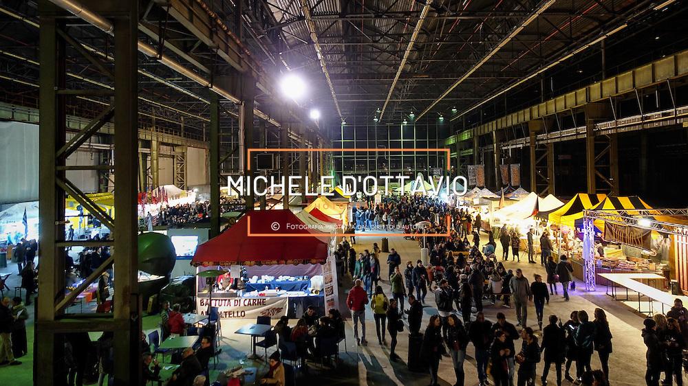 la prima festa del vino e dello street food a Torino, in programma, dal 19 al 21 febbraio, presso gli spazi Mrf (corso Settembrini 178) ex aree industriali di Mirafiori.