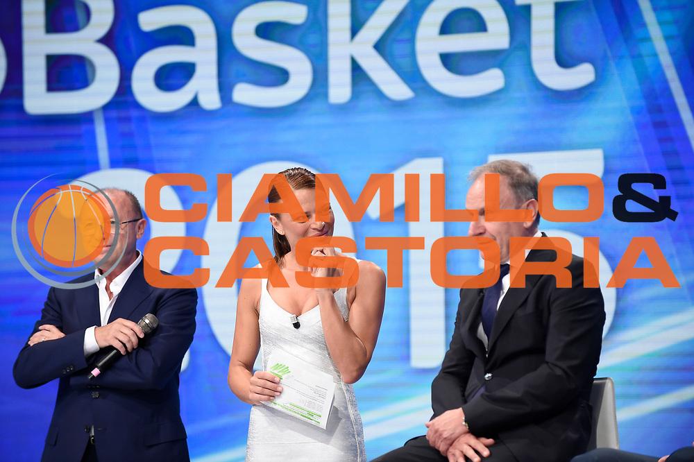 DESCRIZIONE : Media Day Nazionale Italiana Maschile Senior 2015 Presentazione studi Sky TV<br /> GIOCATORE : Gianni Petrucci<br /> CATEGORIA : <br /> SQUADRA :  Nazionale Maschile Senior<br /> EVENTO : <br /> GARA : Media Day Nazionale Italiana Maschile Senior 2015 Presentazione studi Sky TV<br /> DATA : 20/07/2015<br /> SPORT : Pallacanestro <br /> AUTORE : Agenzia Ciamillo-Castoria/A.Giberti<br /> Galleria : Nazionale Italiana Maschile Senio 2015<br /> Fotonotizia : Media Day Nazionale Italiana Maschile Senior 2015 <br /> Predefinita :