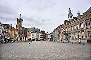 Nederland, Roermond, 10-9-2011Stadhuis, gemeentehuis en de Christoffelkathedraal  van Roermond aan de markt.Foto: Flip Franssen/Hollandse Hoogte