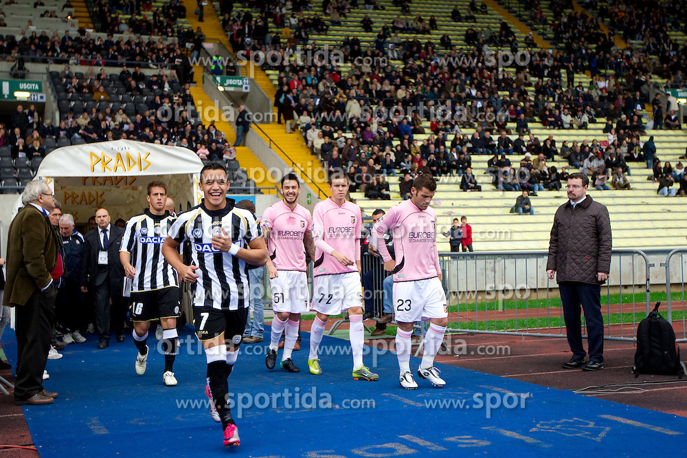 Denis German Gustavo (16), Alexis Sanchez (7) of Udinese, Pinilla Ricardo, Josip Ilicic and Antonio Nocerino of Palermo during football match between Udinese Calcio and Palermo in 8th Round of Italian Seria A league, on October 24, 2010 at Stadium Friuli, Udine, Italy.  Udinese defeated Palermo 2 - 1. (Photo By Vid Ponikvar / Sportida.com)