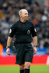 February 3, 2019 - Leicester, England, United Kingdom - Referee Mike Dean during the Premier League match between Leicester City and Manchester United at the King Power Stadium, Leicester on Sunday 3rd February 2019. (Credit Image: © Mi News/NurPhoto via ZUMA Press)