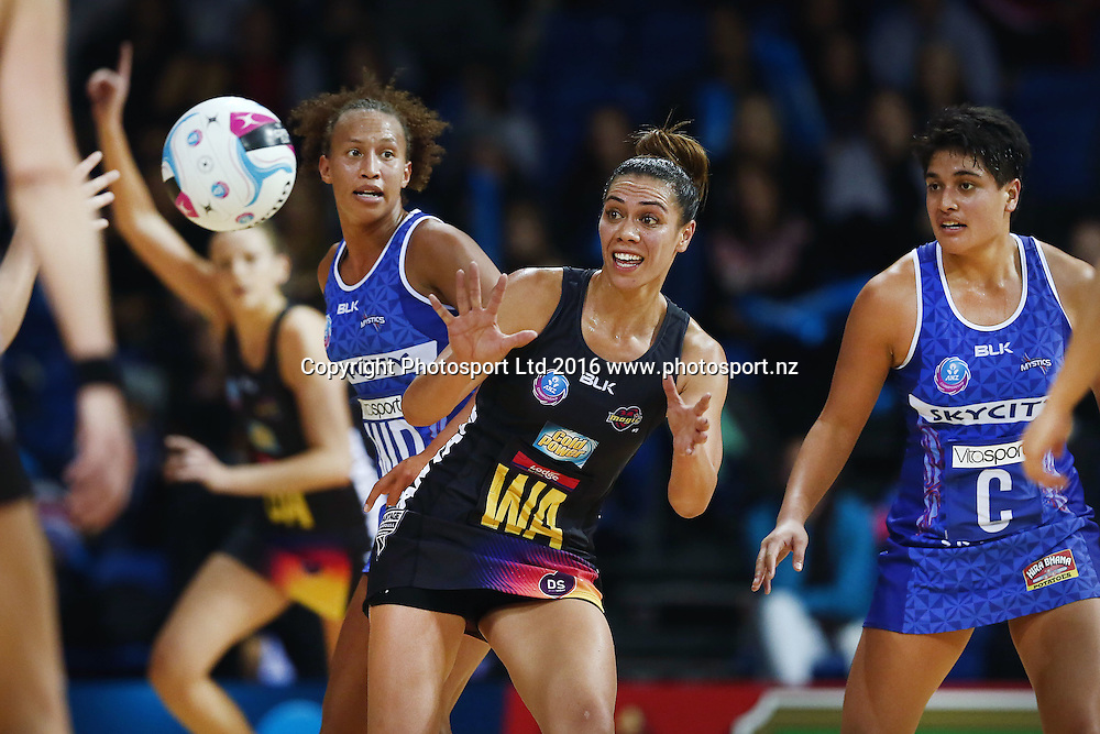 Grace Rasmussen of the Magic in action. 2016 ANZ Championship, Northern Mystics v Waikato BOP Magic, The Trusts Arena, Auckland, New Zealand. 6 June 2016. Photo: Anthony Au-Yeung / www.photosport.nz