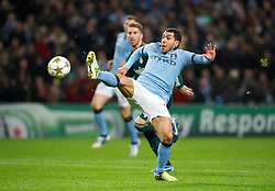21.11.2012, Etihad Stadium, Manchester, ENG, UEFA Champions League, Manchester City vs Real Madrid, Gruppe D, im Bild Manchester City's Carlos Tevez misses a late chance against Real Madird CF during during UEFA Champions League group D match between Manchester City and Real Madrid CF at the Etihad Stadium, Manchester, Great Britain on 2012/11/21. EXPA Pictures © 2012, PhotoCredit: EXPA/ Propagandaphoto/ David Rawcliffe..***** ATTENTION - OUT OF ENG, GBR, UK *****