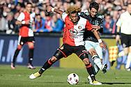 23-10-2016: Voetbal: Feyenoord v Ajax: Rotterdam<br /> <br /> (L-R) Feyenoord speler Tonny Vilhena, Ajax speler Aminn Younes tijdens het Eredivsie duel tussen Feyenoord en Ajax op 23 oktober in stadion Feijenoord (de Kuip) tijdens speelronde 10<br /> <br /> Eredivisie - Seizoen 2016 / 2017<br /> <br /> Foto: Gertjan Kooij