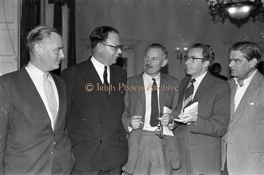 19/10/1962<br /> 10/19/1962<br /> 19 October 1962<br /> Irish Hotels Federation Annual General Meeting. The 25th Annual general Meeting of the Irish Hotels Federation was held in the Shelbourne Hotel, Dublin. Picture shows Cork represent atives at the the meeting (l-r): Denis Murnane, Eldon Hotel, Skibereen; Douglas Vance, Hotel Metropole, Cork; Sean Ryan, Arbutus Lodge, Cork; E.F. O'Mahony, Askive Guesthouse, Cork and T.Dennehy, Bay View Hotel, Ballycotton, Co. Cork.