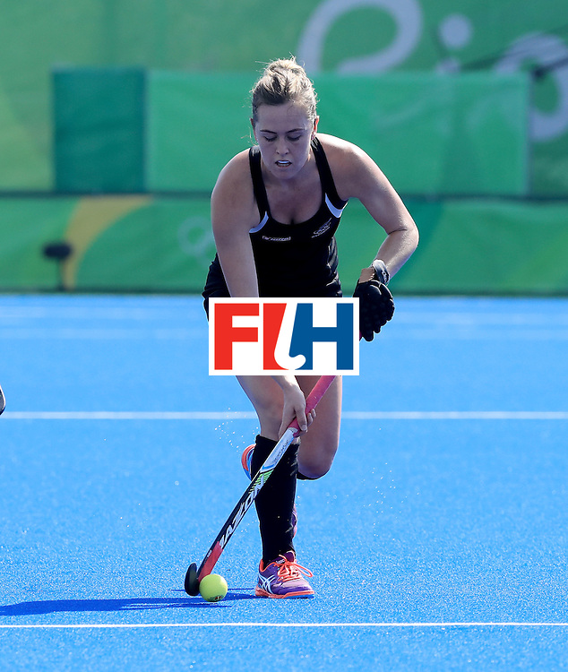 RIO DE JANEIRO, BRAZIL - AUGUST 15: Samantha Charltonat #13 of New Zealand controls the ball during a quarterfinal match against Australia at the Olympic Hockey Centre on August 15, 2016 in Rio de Janeiro, Brazil.  (Photo by Sam Greenwood/Getty Images)