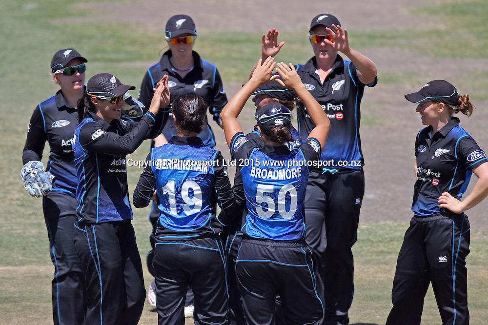 White Ferns celebrate dismissal of Amy Jones. New Zealand White Ferns v England - 3rd ODI at Bay Oval, Mount Maunganui, New Zealand. 15 February 2015. Photo credit: Margot Butcher/www.photosport.co.nz