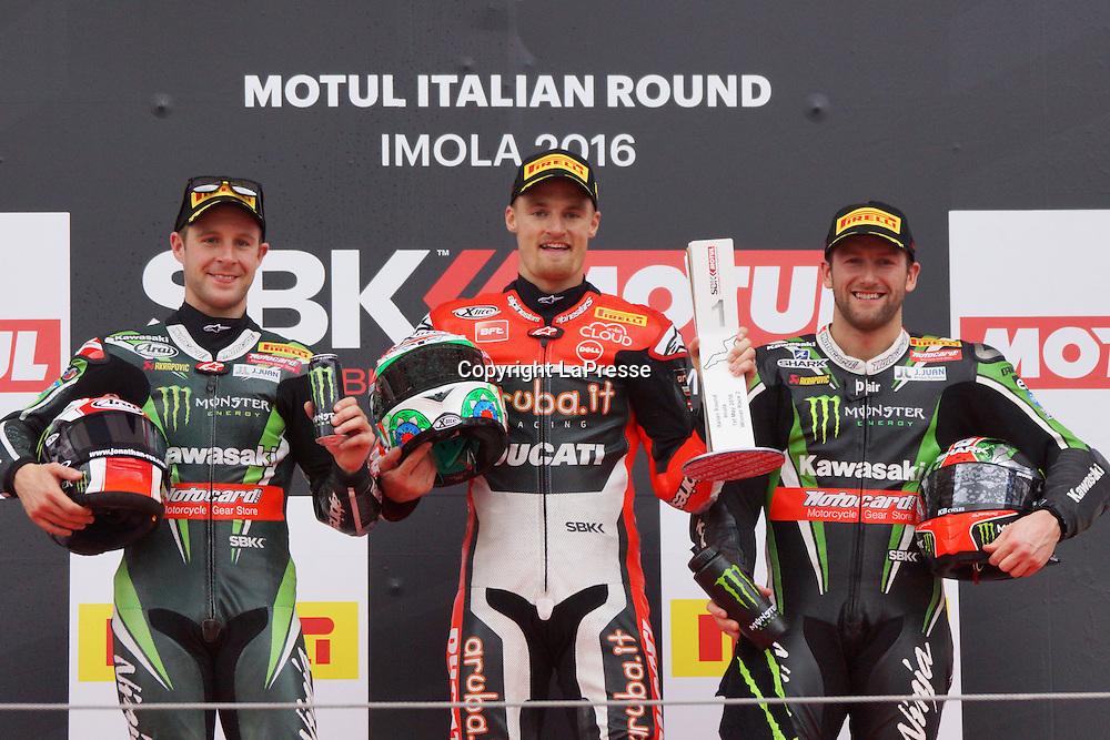Foto Alessandro La Rocca/LaPresse<br /> 01-05-2016,    05 WorldSBK Motul Italian Round Imola, Autodromo Enzo e Dino Ferrari- 2016<br /> Sport-Motociclismo-WSBK <br />   05 WorldSBK Motul Italian Round Imola, Autodromo Enzo e Dino Ferrari- 2016<br /> nella foto:podio gara 2 -1cl.Chaz Davies-2&deg;cl.Jonathan Rea-3&deg;cl Tom Sykies<br /> <br /> Photo Alessandro La Rocca/ LaPresse<br /> 2016 01 May,    05 WorldSBK Motul Italian Round Imola, Autodromo Enzo e Dino Ferrari- 2016<br /> Sport- WSBK<br />    05 WorldSBK Motul Italian Round Imola, Autodromo Enzo e Dino Ferrari- 2016<br /> in the photo:podium race 2 1cl.Chaz Davies-2&deg;cl.Jonathan Rea-3&deg;cl Tom Sykies