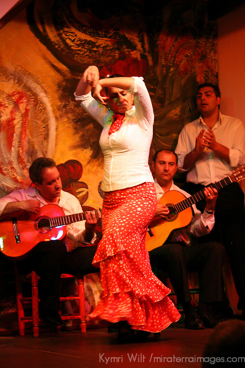 Europe, Spain, Seville. Traditional Flamenco dance performance at Los Gallos in Sevilla.