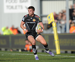 Henry Slade of Exeter Chiefs in action.  - Mandatory byline: Alex Davidson/JMP - 12/03/2016 - RUGBY - Sandy Park -Exeter Chiefs,England - Exeter Chiefs v Newcastle Falcons - Aviva Premiership