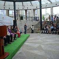 Toluca, México.- Martha Hilda González Calderón, alcaldesa de Toluca inauguro la Feria de Empleo para Mujeres, Adultos Mayores y Discapacitados en donde se ofrecieron 1200 vacantes. Agencia MVT / Crisanta Espinosa
