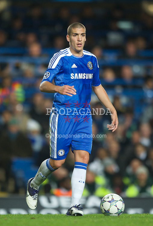 LONDON, ENGLAND - Wednesday, October 19, 2011: Chelsea's Oriel Romeu in action during the UEFA Champions League Group E match at Stamford Bridge. (Photo by Chris Brunskill/Propaganda)