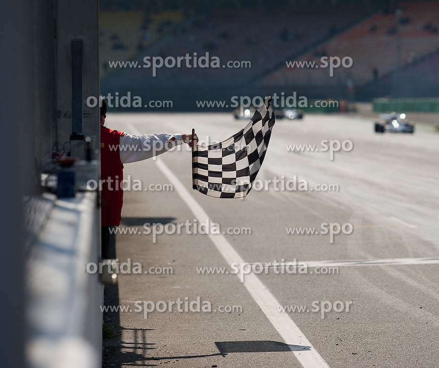 17.04.2010, Hockenheimring, Hockenheim, Hockenheim Historic, FIA Historic Formula 2, im Bild ZIELFLAGGE, EXPA Pictures © 2010, PhotoCredit: EXPA/ A. Neis / SPORTIDA PHOTO AGENCY