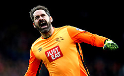 Scott Carson of Derby County celebrates Thomas Ince of Derby County scoring a goal - Mandatory by-line: Robbie Stephenson/JMP - 11/12/2016 - FOOTBALL - iPro Stadium - Derby, England - Derby County v Nottingham Forest - Sky Bet Championship