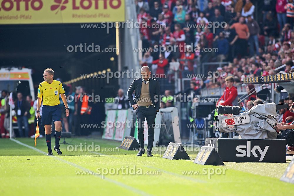 26.09.2015, Coface Arena, Mainz, GER, 1. FBL, 1. FSV Mainz 05 vs FC Bayern Muenchen, 7. Runde, im Bild Trainer Pep Guardiola (FC Bayern Muenchen) // during the German Bundesliga 7th round match between 1. FSV Mainz 05 and FC Bayern Munich at the Coface Arena in Mainz, Germany on 2015/09/26. EXPA Pictures &copy; 2015, PhotoCredit: EXPA/ Eibner-Pressefoto/ Sch&uuml;ler<br /> <br /> *****ATTENTION - OUT of GER*****