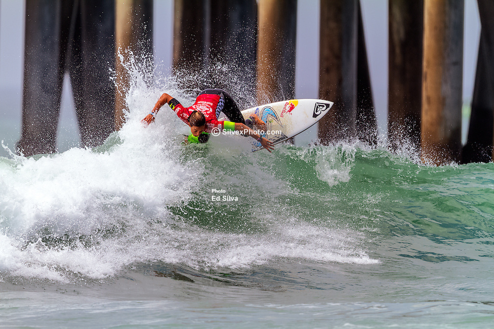 HUNTINGTON BEACH, CA - Sally Fitzgibbons surfs at the semi finals during the 2014 Vans US Open of Surfing.  2014 Aug 2. Byline, credit, TV usage, web usage or linkback must read SILVEXPHOTO.COM. Failure to byline correctly will incur double the agreed fee. Tel: +1 714 504 6870.