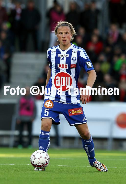 23.4.2015, Sonera Stadion, Helsinki.<br /> Veikkausliiga 2015.<br /> Helsingfors IFK - Helsingin Jalkapalloklubi.<br /> Tapio Heikkil&auml; - HJK