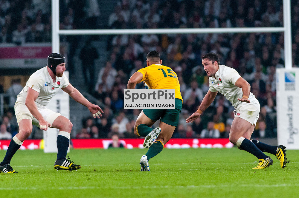 Israel Folau of Australia goes for a gap. Action from the England v Australia game in Pool A of the 2015 Rugby World Cup at Twickenham in London, 3 October 2015. (c) Paul J Roberts / Sportpix.org.uk