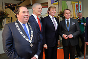 Koning Willem Alexander opent gerenoveerd BOVAGhuis in Bunnik. BOVAG is een brancheorganisatie van ruim 10.000 ondernemers die zich met mobiliteit bezighouden<br /> <br /> King Willem Alexander opens renovated Bovag House in Bunnik. Bovag is a trade association of more than 10,000 entrepreneurs engaged in mobility<br /> <br /> Op de foto / On the photo:  Aankomst / Arrival