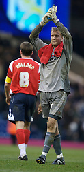 WEST BROMWICH, ENGLAND - Saturday, December 15, 2007: Charlton's goalkeeper Nicky Weaver applauds the fans after his side's 4-2 defeat by West Bromwich Albion during the League Championship match at the Hawthorns. (Photo by David Rawcliffe/Propaganda)