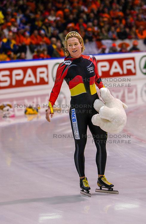 05-01-2003 NED: Europees Kampioenschappen Allround, Heerenveen<br /> 5000 m / Claudia Pechstein GER