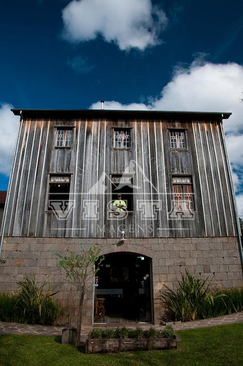 Restaurante Casa Vanni, Viagem de cicloturismo nos Caminhos de Pedra, regiao de Bento Goncalves, Rio Grande do Sul, Brasil, foto de Ze Paiva, Vista Imagens.