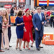 NLD/Groningen/20180427 - Koningsdag Groningen 2018, Koning Willem Alexander, Koningin Maxima en prinses Amalia