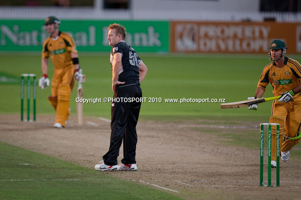 Scott Styris during the third one day Chappell Hadlee cricket series match between New Zealand Black Caps and Australia at Seddon Park, won by Australia by 6 wickets in Hamilton, New Zealand. Tuesday 9 March 2010. Photo: Stephen Barker/PHOTOSPORT
