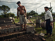 Two Uruguayan gauchos, father and son, are building their new family-home at Curtina, a rural village located into the deepest uruguayan countryside. The majority of the population (approximately 80%) live in urban areas, mostly in Montevideo. <br />