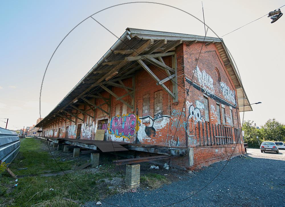 """Godset, """"Godset"""" i Slagelse , registrering før bygning af Campus SDU Slagelse, eksteriør, murstensfacade, grafitti"""
