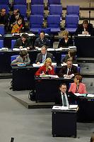10 MAR 2006, BERLIN/GERMANY:<br /> Uebersicht Die Linke Bundestagsfraktion, Bundestagsdebatte zur Ersten Beratung der Grundgesetzaenderungen im Rahmen der Foederalismusreform, Plenum, Deutscher Bundestag<br /> IMAGE: 20060310-01-030<br /> KEYWORDS: Übersicht, PDS