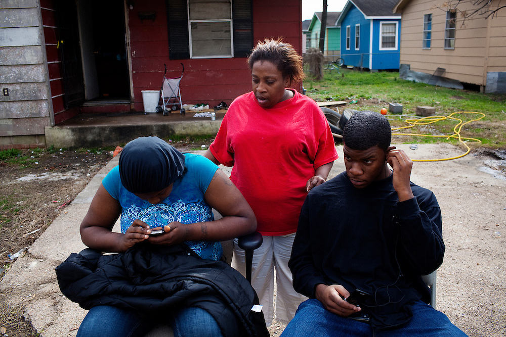 Debbie, Neese and Byrd in the Baptist Town neighborhood of Greenwood, Mississippi on February 17, 2011.
