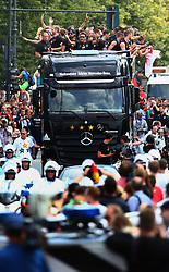 15.07.2014, Brandenburger Tor, Berlin, GER, FIFA WM, Empfang der Weltmeister in Deutschland, Finale, im Bild Der Bus mit der Nationalmannschaft bahnt sich seinen Weg durch die Zuschauermassen. // during Celebration of Team Germany for Champion of the FIFA Worldcup Brazil 2014 at the Brandenburger Tor in Berlin, Germany on 2014/07/15. EXPA Pictures © 2014, PhotoCredit: EXPA/ Eibner-Pressefoto/ Pool<br /> <br /> *****ATTENTION - OUT of GER*****