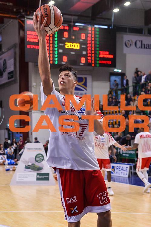 Simone Fontecchio<br /> Banco di Sardegna Dinamo Sassari - Olimpia EA7 Emportio Armani Milano<br /> LegaBasket LBA Poste Mobile 2017/2018<br /> Sassari, 29/10/2017<br /> Foto L.Canu / Ciamillo-Castoria