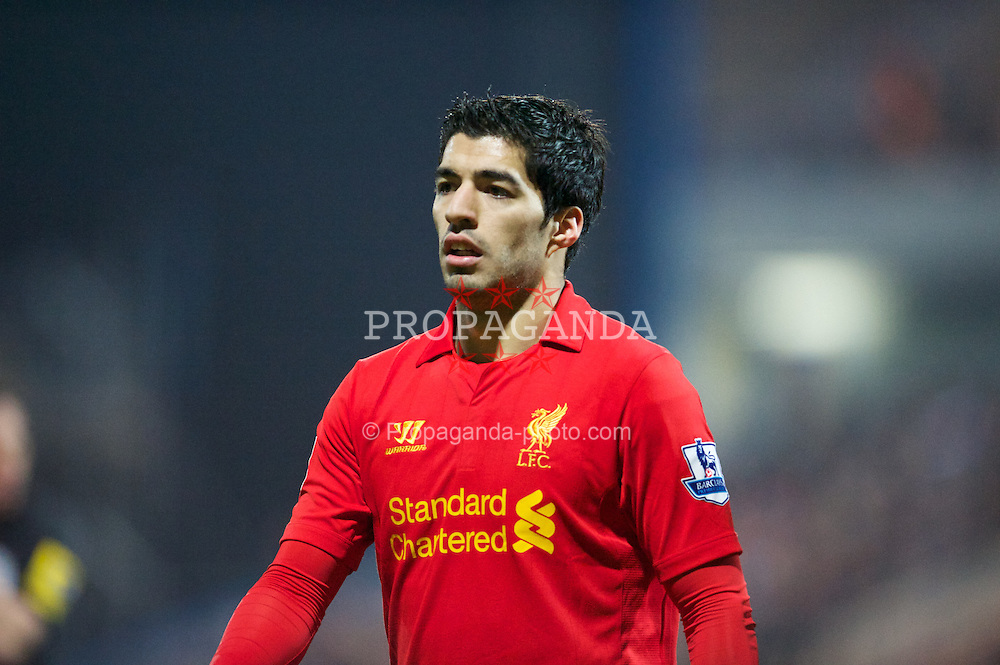 MANSFIELD, ENGLAND - Sunday, January 6, 2013: Liverpool's Luis Alberto Suarez Diaz in action against Mansfield Town during the FA Cup 3rd Round match at Field Mill. (Pic by David Rawcliffe/Propaganda)