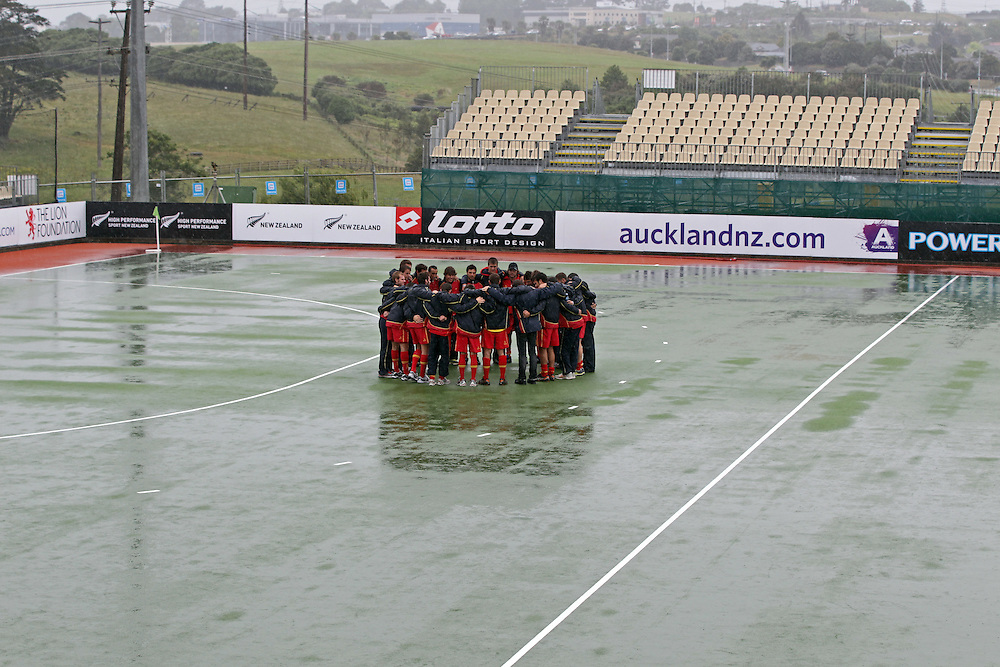 The Spanish Hockey team celebrate qualifying for the Olympics despite there being no play in the Hockey Champions Trophy because of heavy rain, Auckland, New Zealand, Sunday, December 04, 2011.  Credit:SNPA / David Rowland